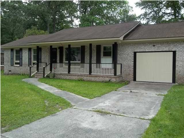 2027 Woodcliff Street Charleston, SC 29414