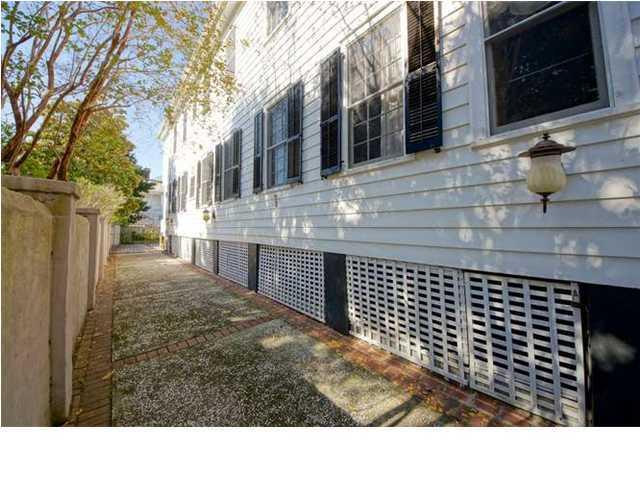 3 Rutledge Avenue Charleston, SC 29401