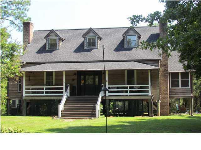 10033 S Carolina Road Mcclellanville, SC 29458