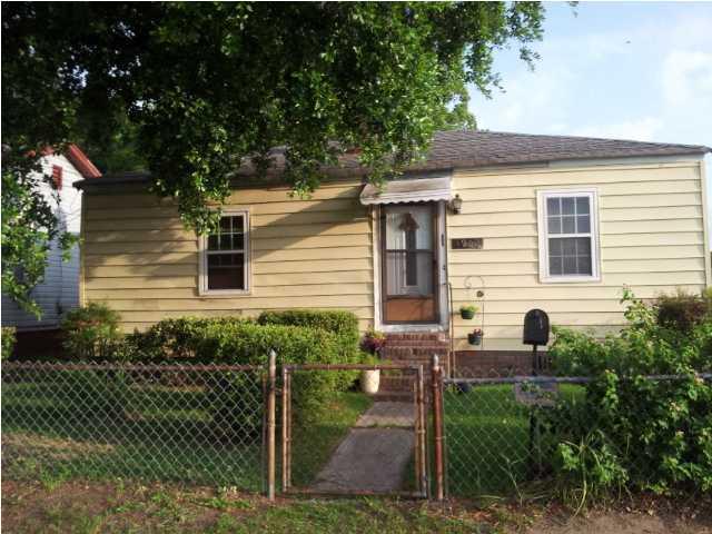 1900 Boxwood Avenue North Charleston, SC 29405