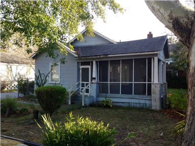 135  Simons Street Charleston, SC 29403