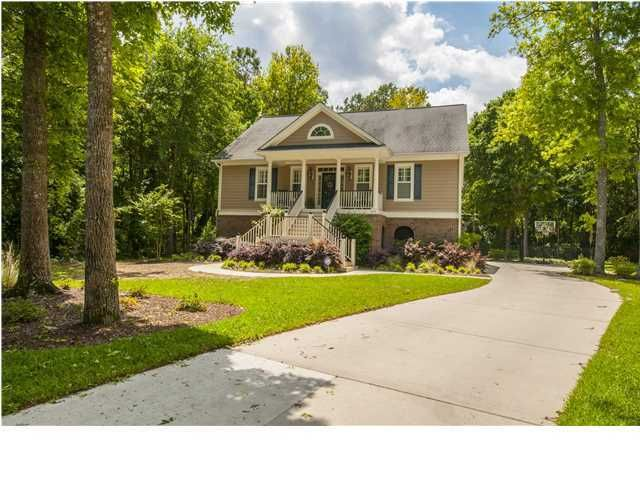 3561 Flowering Oak Way Mount Pleasant, SC 29466