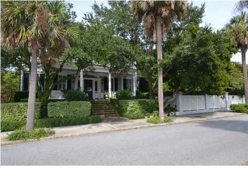 62 Murray Boulevard Charleston, SC 29401