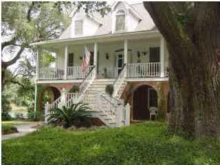 744 Lawton Place Charleston, SC 29412