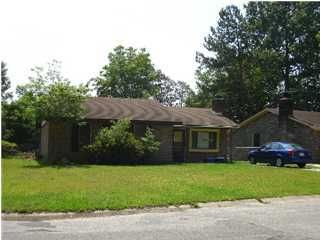 32  Elmwood Place Goose Creek, SC 29445
