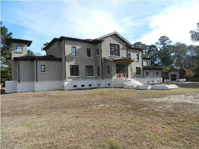 918  Casseque Province Mount Pleasant, SC 29464