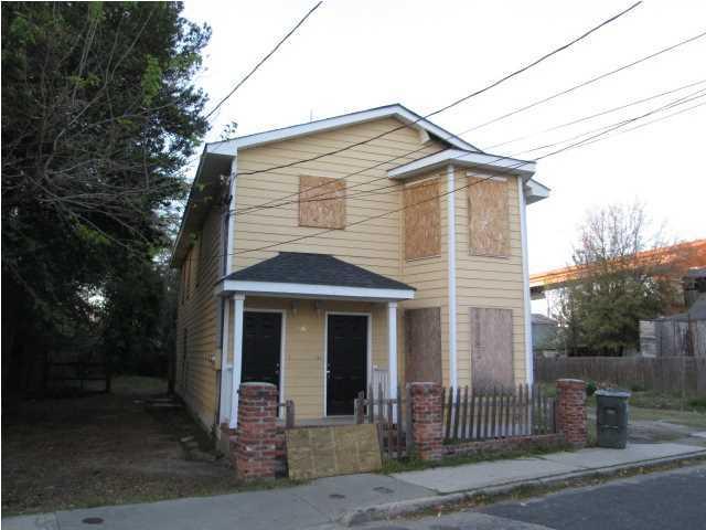 46  Poinsett Street Charleston, SC 29403
