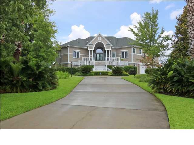 4197 Victory Pointe Drive Mount Pleasant, SC 29466