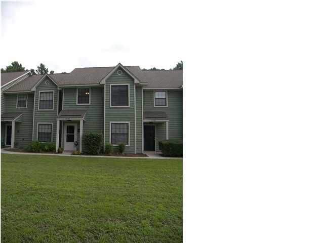 1750  Deer Path Drive Mount Pleasant, SC 29464