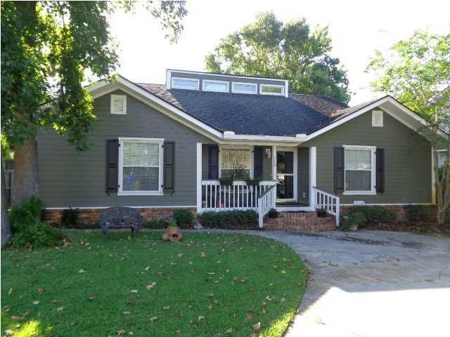 710  Williamson Drive Mount Pleasant, SC 29464