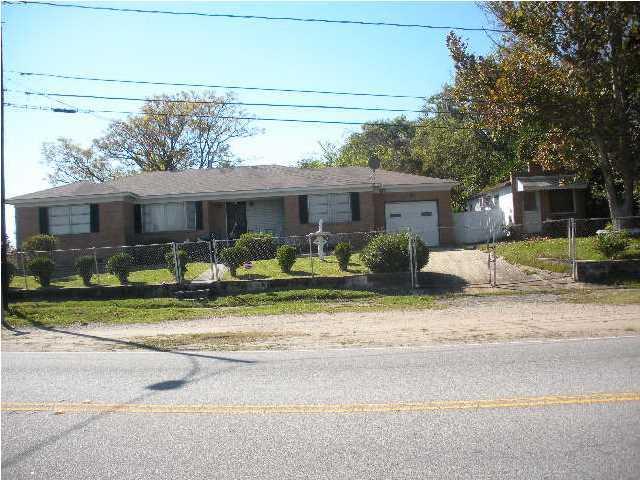 2601  Carner Avenue Charleston, SC 29405