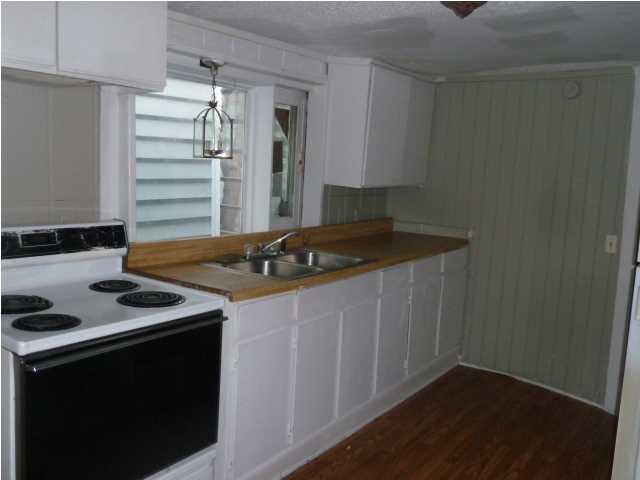 135  Bogard Street Charleston, SC 29403