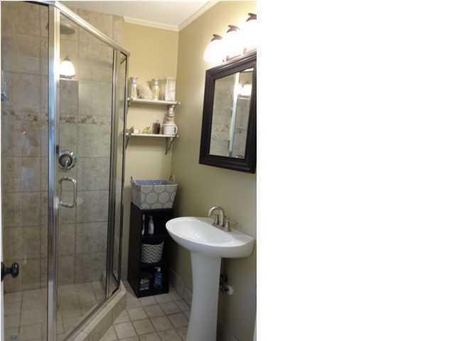 1590  Holton Place Charleston, SC 29407