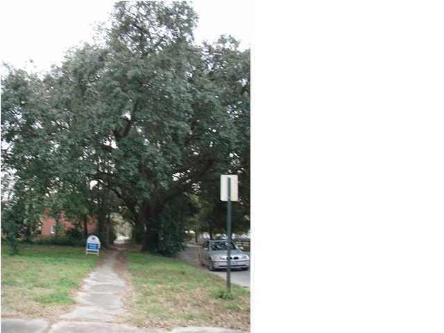 46  Hester Street Charleston, SC 29403