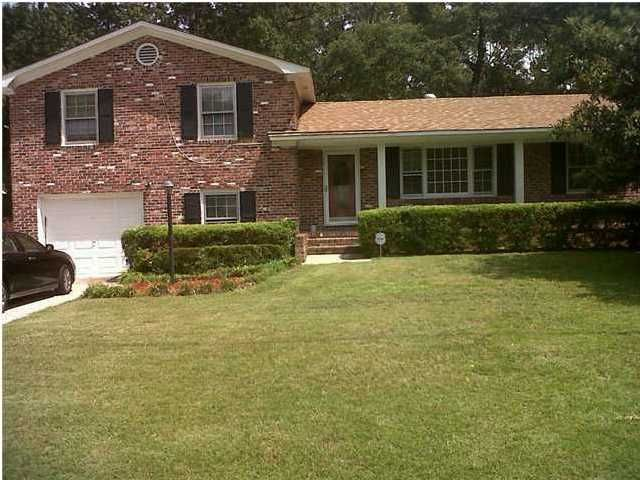 8  Heathwood Drive Charleston, SC 29407