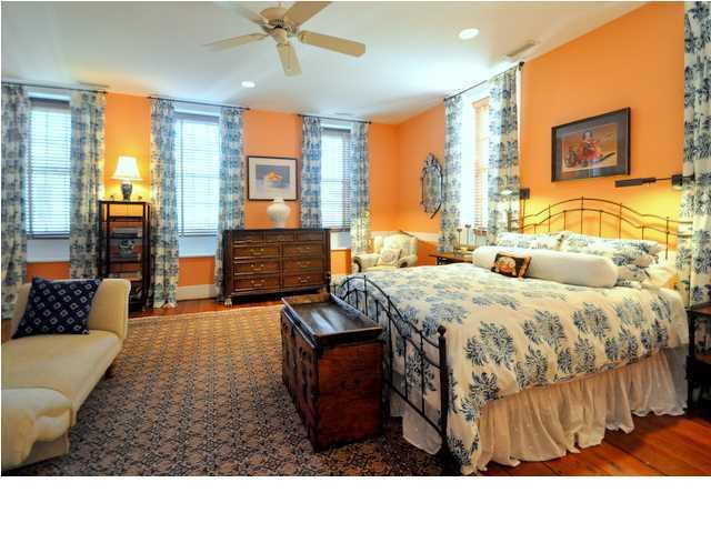 2  Bedons Charleston, SC 29401