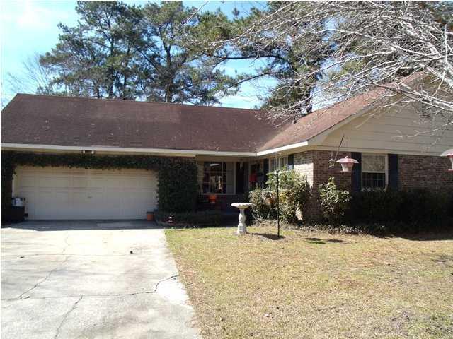 102 Swan Drive Summerville, SC 29485