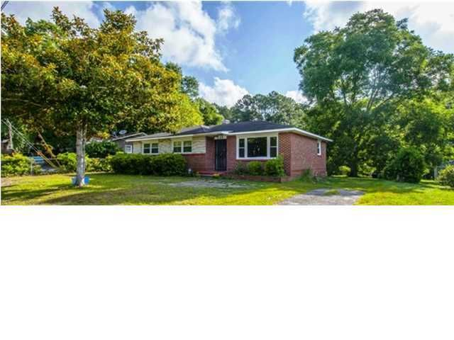 5534 Boots Avenue North Charleston, SC 29406