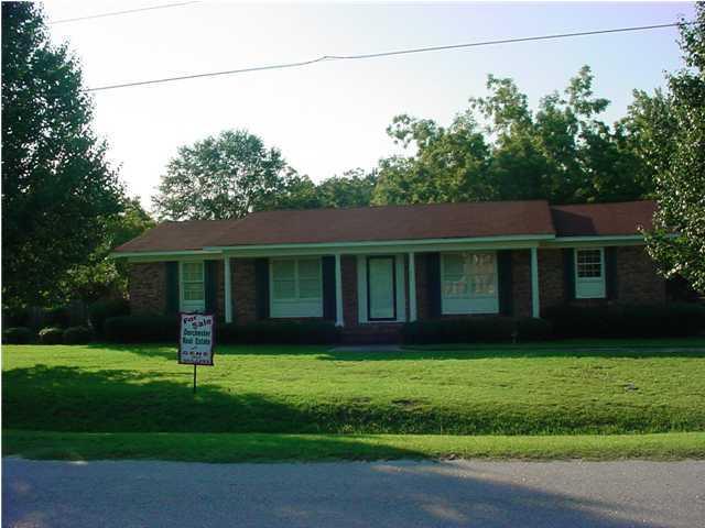 207 Bryant Street Saint George, SC 29477