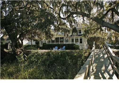 186  Beresford Creek Street Charleston, SC 29492