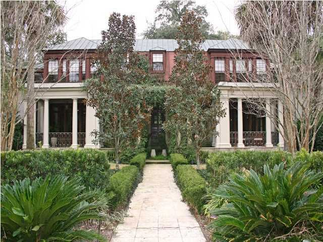 215 Country Club Lane Charleston, SC 29412