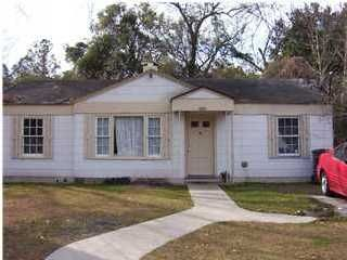 5603 Saxon Avenue North Charleston, SC 29406