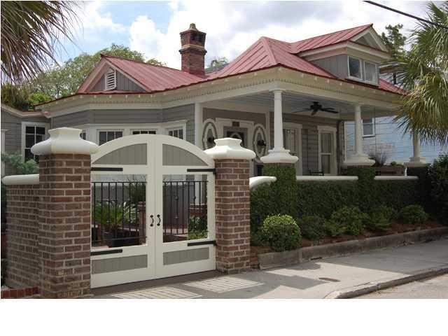 15 Larnes Street Charleston, SC 29403