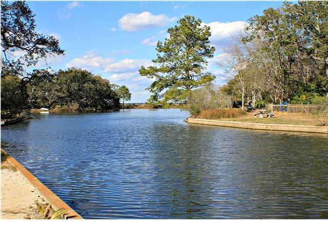 724 N Godfrey Park Place Charleston, SC 29407