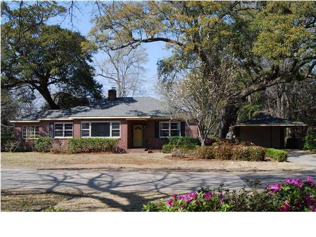 1312  Birchwood Street Charleston, SC 29407