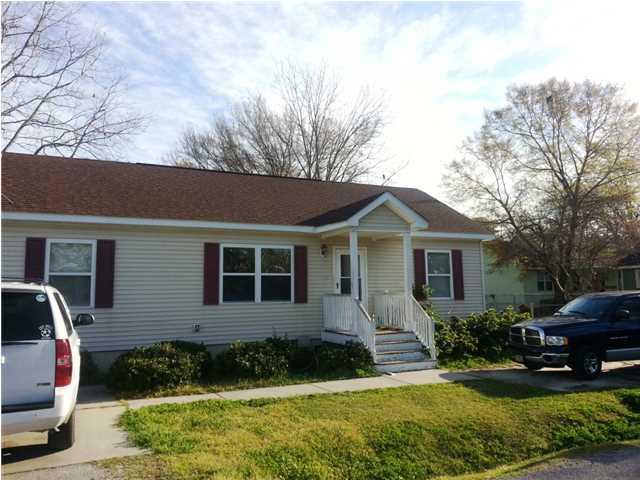 916  Hillsboro Drive Charleston, SC 29407