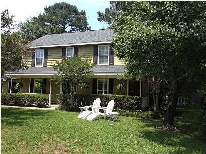 2044  Middleburg Lane Mount Pleasant, SC 29464
