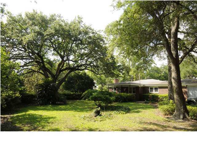 1326 N Edgewater Drive Charleston, SC 29407