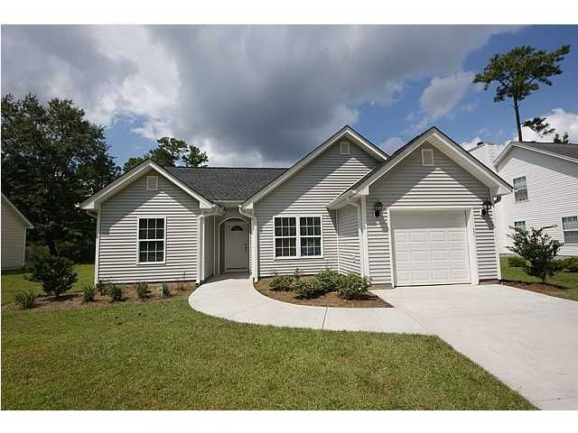 2746  Fernwood Drive North Charleston, SC 29406