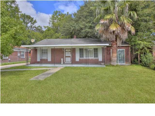 1508  Green Bay North Charleston, SC 29406