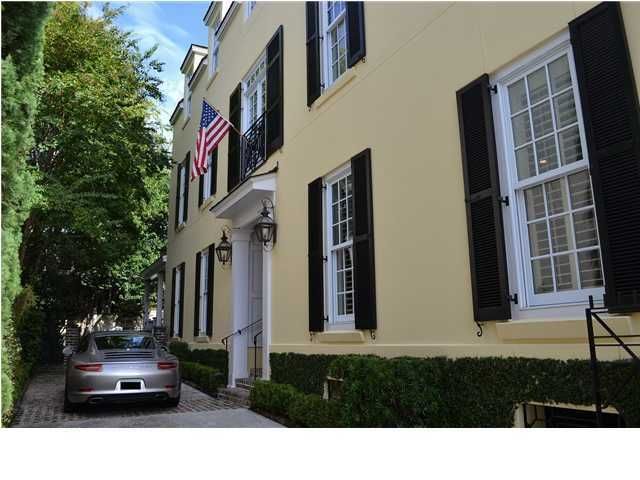 44 Wentworth Street Charleston, SC 29401