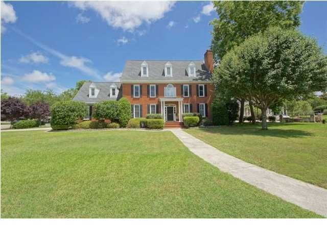 662 Hobcaw Bluff Drive Mount Pleasant, SC 29464