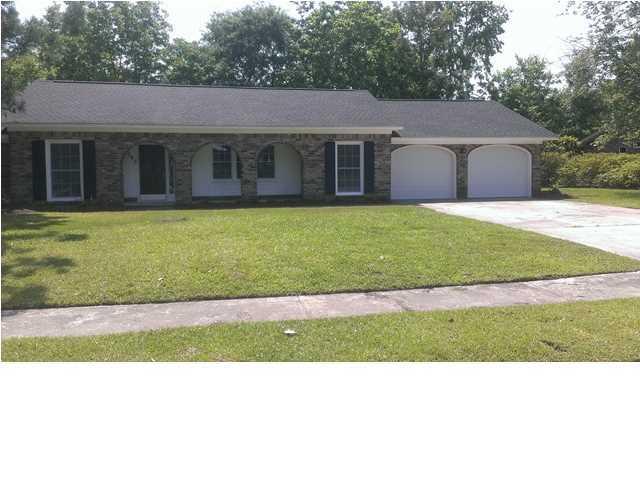 2043 Dogwood Road Charleston, SC 29414