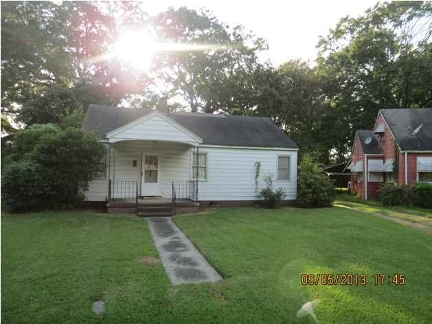 3943 Walnut Street North Charleston, SC 29405