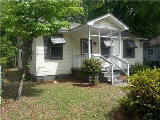 2729 E Surrey Drive North Charleston, SC 29405