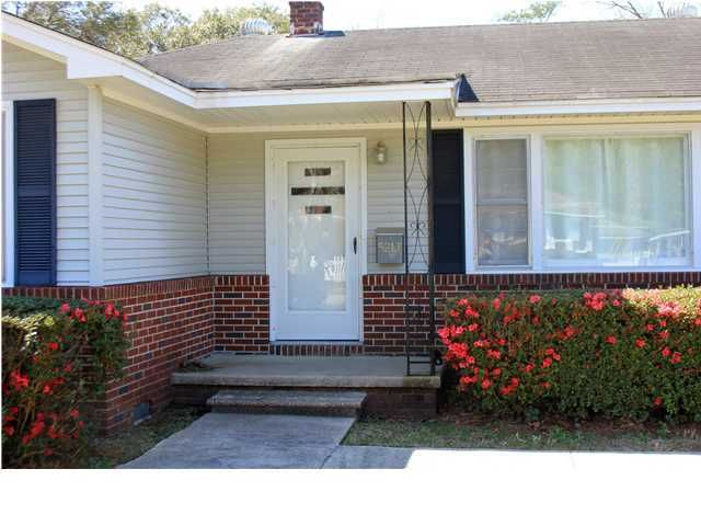 5213  Princeton Street Charleston, SC 29405