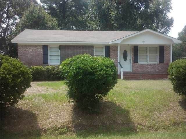 1106  Carverwood Lane Charleston, SC 29407