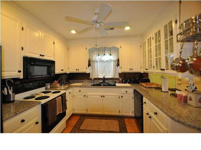 726  Stebbins Street Charleston, SC 29412