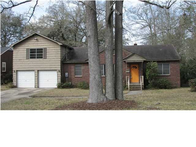 5043  Victoria Avenue North Charleston, SC 29405