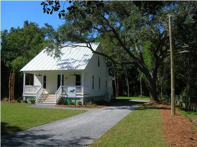 437 Woodland Shores Road Charleston, SC 29412