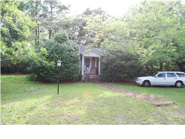 1327 Wayne Street Mount Pleasant, SC 29464