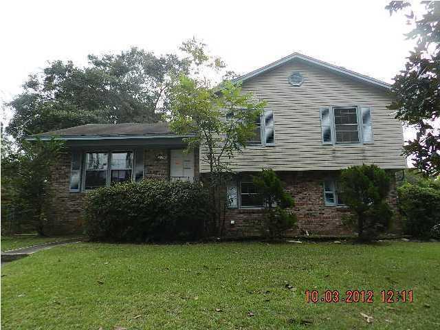 3369  Stonybrook Road North Charleston, SC 29420
