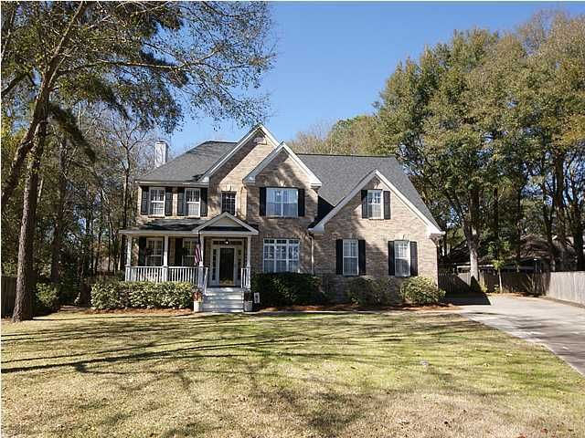 648  Spinner Circle Mount Pleasant, SC 29464
