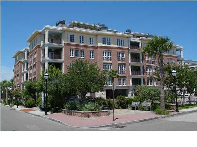 2 Laurens Street Charleston, SC 29401