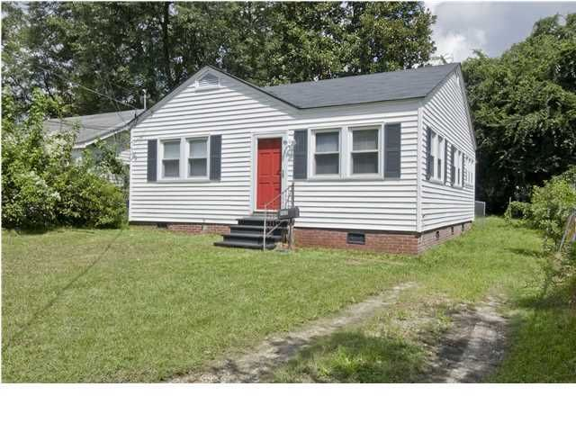 1168  Bexley Street North Charleston, SC 29405