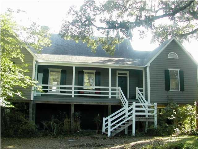 514 Romain Road Mcclellanville, SC 29458